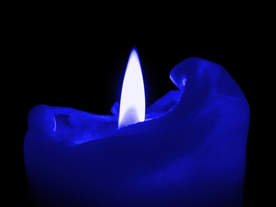 little_blue_flickering_candle_by_emmaweasley-d5aq9lo