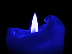 little_blue_flickering_candle_by_emmaweasley-d5aq9lo